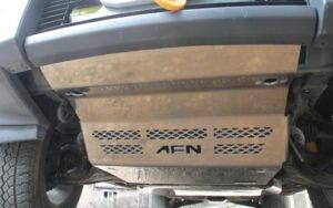 Mitsubishi Pajero V80