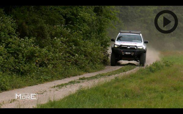 Toyota Hilux Revo 2020+ Akcesoria Off Road More 4x4 [film]